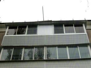 Остекление балкона.